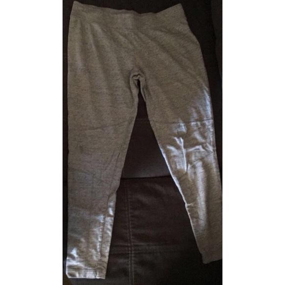 68a4a810f5c516 Gray Merona leggings FREE*. M_5a9767e19cc7ef060432dd08